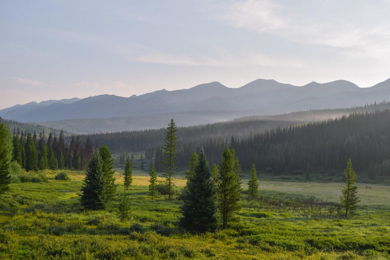 photo of colorado mountains